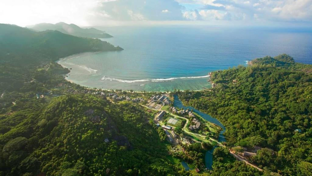 Mahe-Island-Beautiful-Kempinski-Seychelles-Resort-5