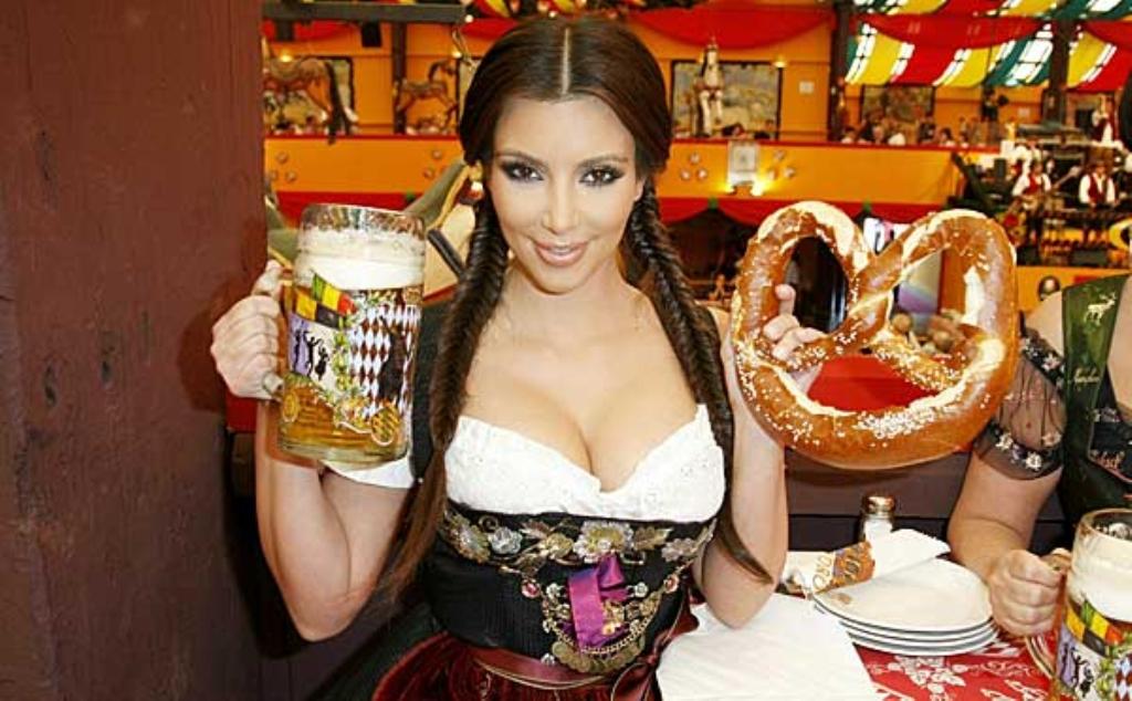 Kim-Kardashian-Oktoberfest-1